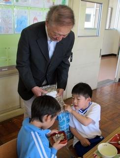 社長と子供.JPG